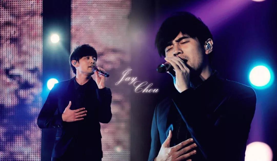 歌手上台唱歌时要戴耳机的原因,你绝对猜不到!