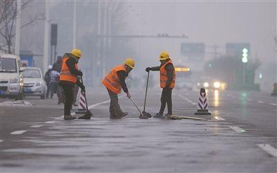 雾霾又双叒叕来啦,建筑工地除了停工还能怎么做