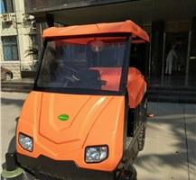 中原工学院的电动扫地车