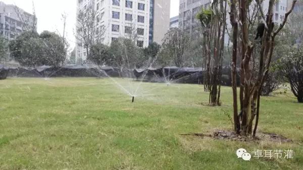 卓耳节水对湖北省委大院绿化自动喷灌项目施工纪实