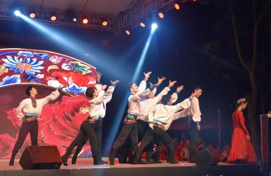 上坤星创庆中华人民共和国成立70周年文艺演出