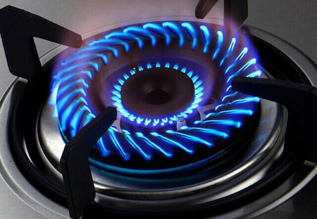 燃气灶保养小技巧,厨房每天干净又安全
