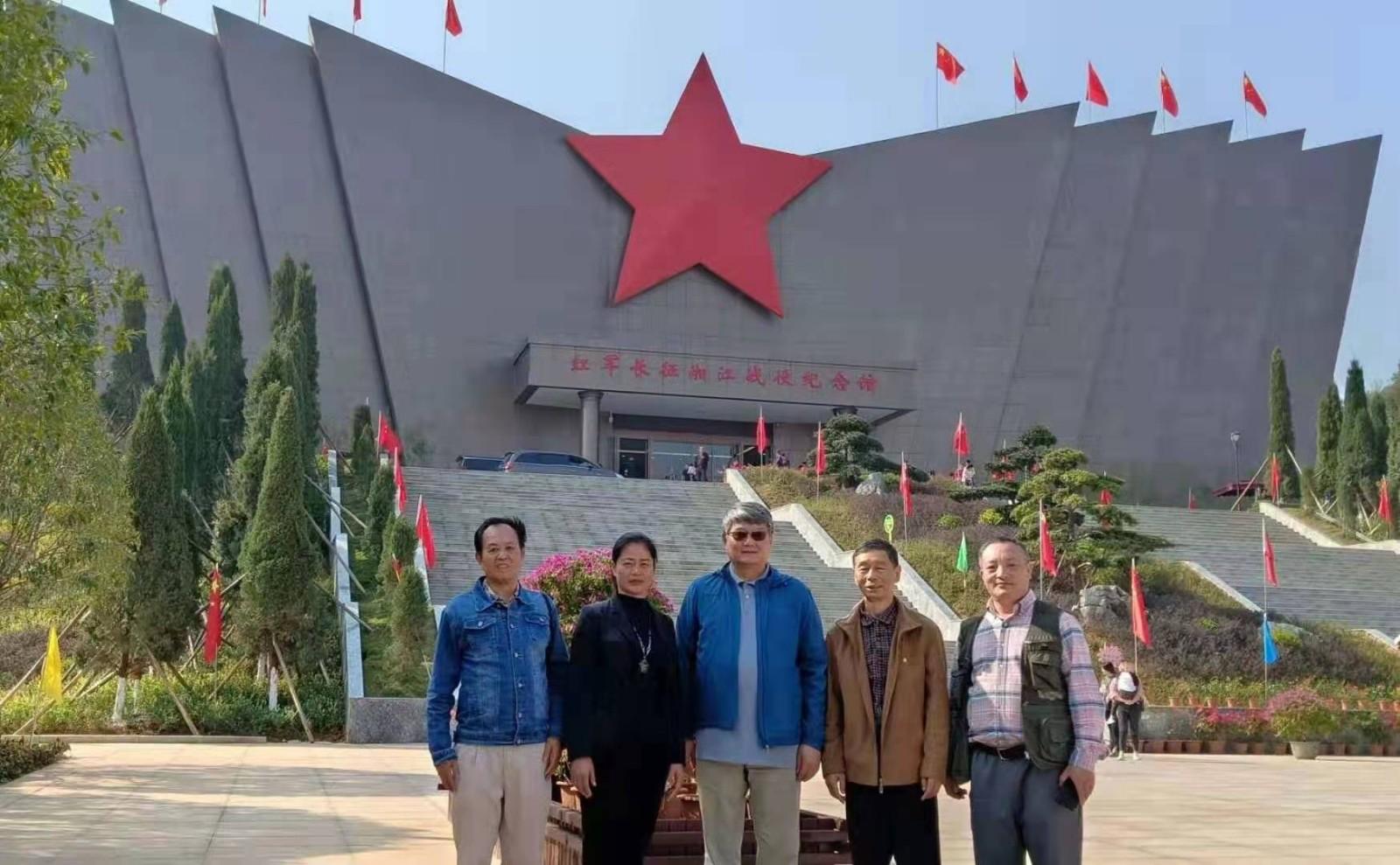 王吉常务副会长 在桂林市老年书画研究会调研