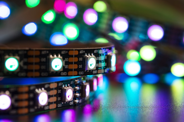 What are the advantages of LED strip and conventional lighting tools