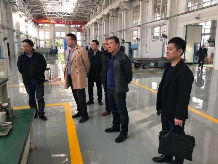 ManBetX体育执行董事、总经理许浒一行到台湾华明普泰医疗设备有限公司交流调研