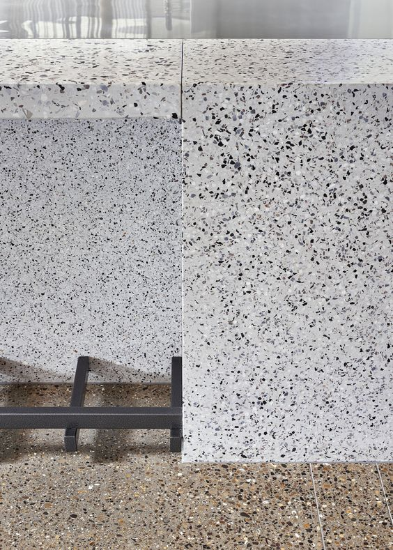 人造石材之水磨石材料