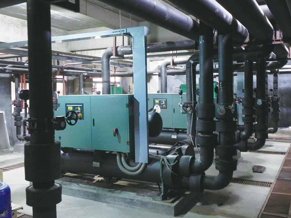 山东盛世兰亭水源热泵地板辐射供暖