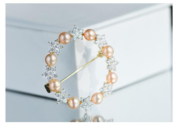 金色花环胸针
