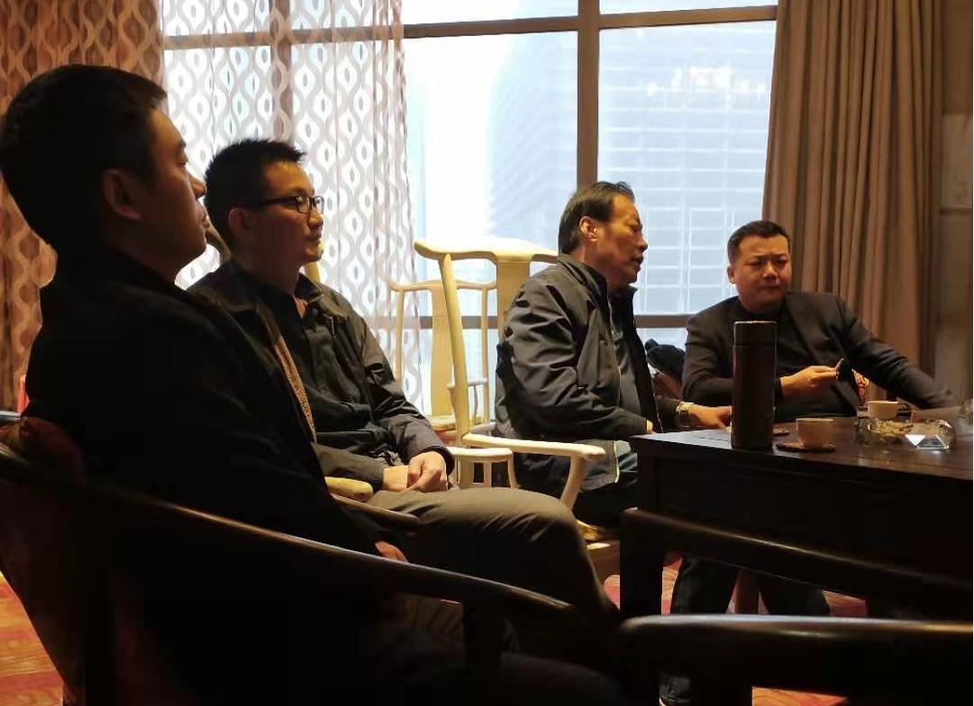公司高层参加企业总裁研修班,提升互联网时代企业竞争力