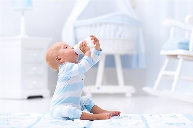 奶粉喂养攻略——羊奶粉喝到几岁合适?