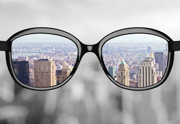 数位化与专业化,引爆眼镜行业转型与升级