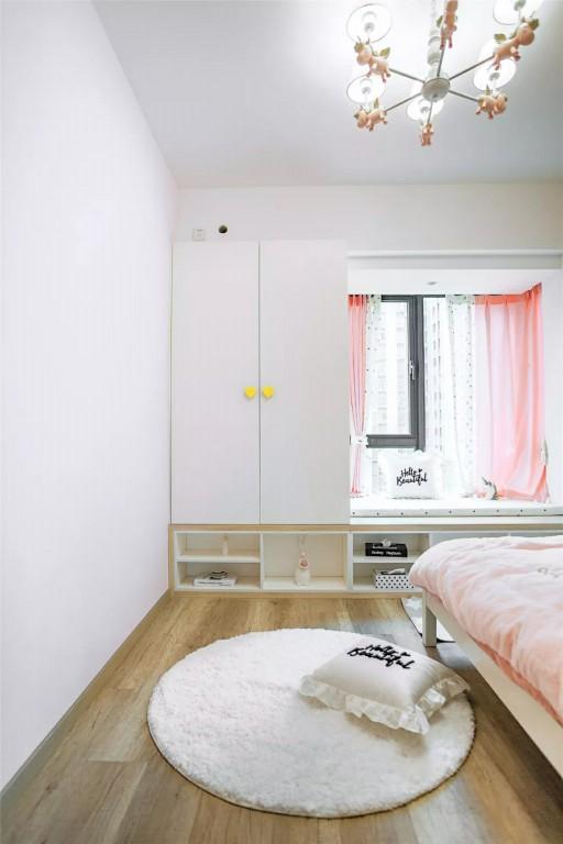 现代简约三房,原木柜+灰色墙简洁大方又实用