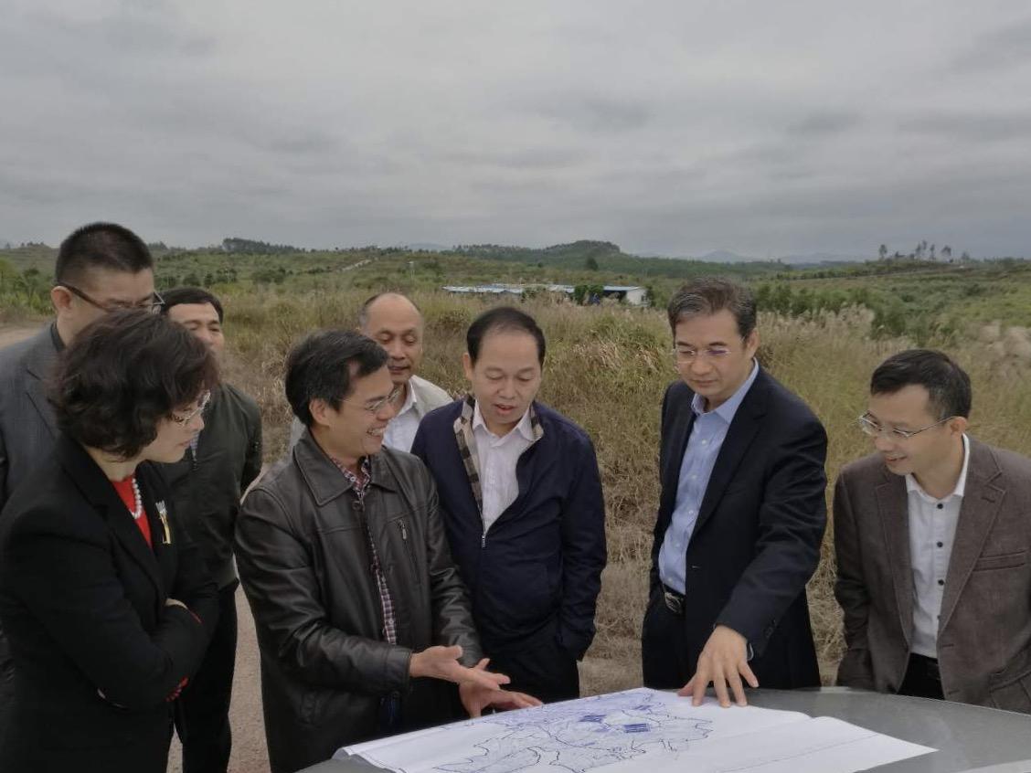 省国资委副主任黄敦新到广新控股集团所属省食出畜牧基地调研