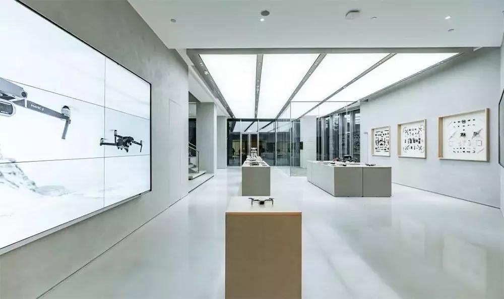 """DJI 大疆开了家""""美术馆"""",把未来黑科技都藏到这……"""