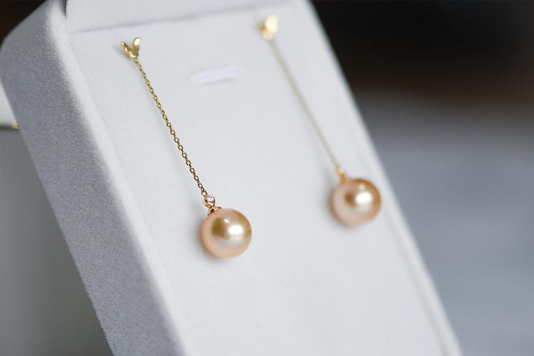 如何根据肤色选择适合自己的珍珠首饰?