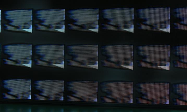 苏州工业博览中心P10户外表贴全彩80平方(奥马哈LED全彩)
