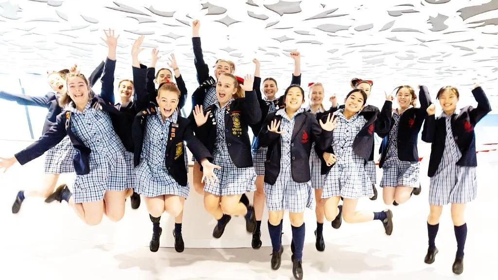 澳大利亚维州高考开榜!37名状元华人占据一半!