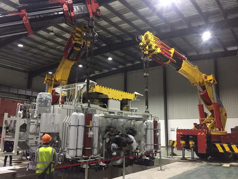 2019年 常州PGTEX压机二机抬吊卸车