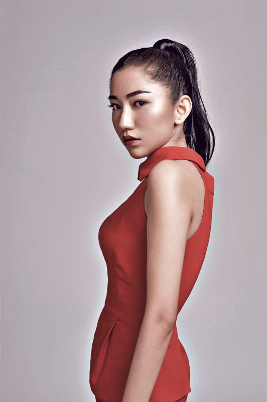 蓓丽模特培训创始人叶夏云的品牌故事