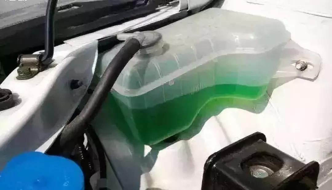 不换防冻液?小心发动机随时罢工!