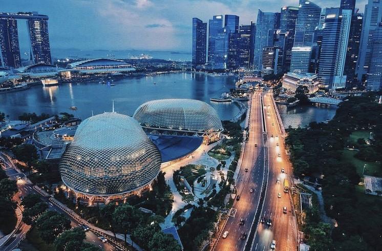 跟我了解新加坡