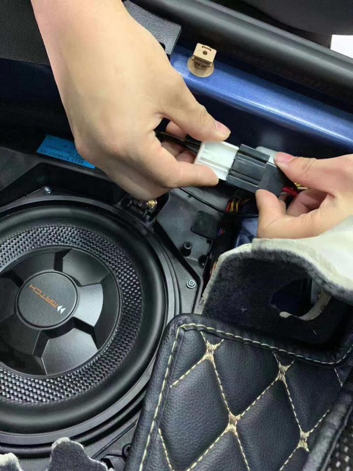 给自己最美的祝福!宝马3系无损升级德国MATCH专车专用音响