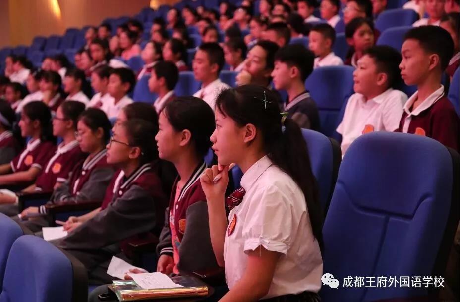 展社团风采,扬青春之帆——成都王府初中部社团选课展示活动