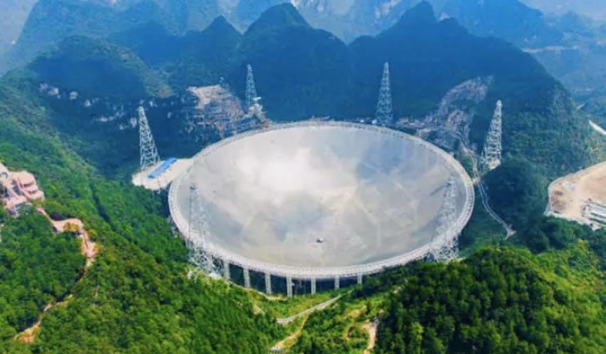 全球最大互动异形天幕