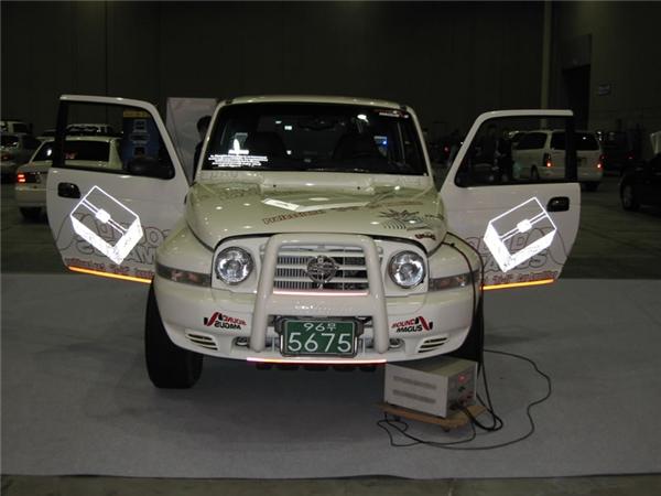 韩国代理X3200改装车