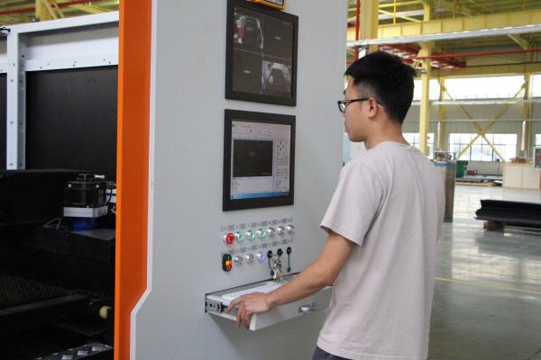 板材激光切割机