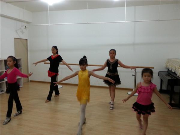 儿童学习舞蹈,有哪些好处?