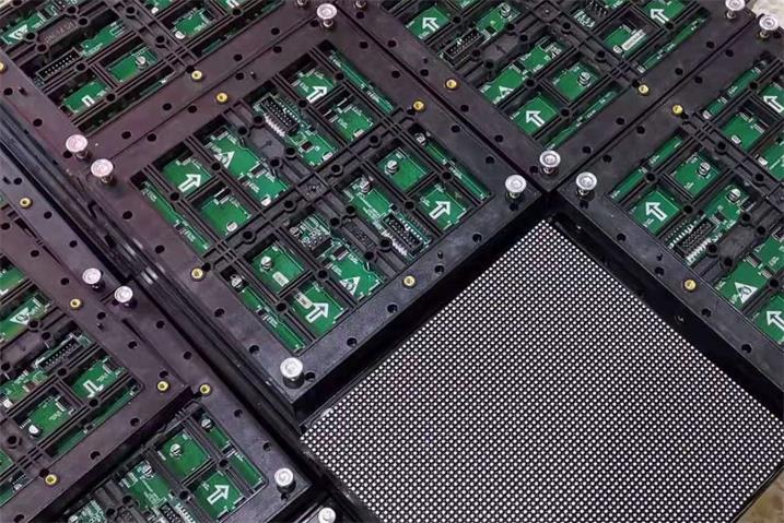 嘉兴市光伏高新技术产业园LED户外高清显示屏专用P3表贴简易箱体(奥马哈)