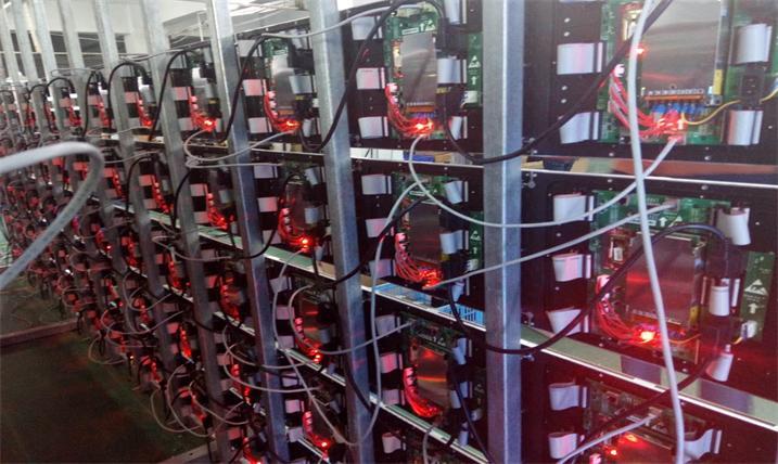 廉江市第一中学会议室LED室内高清屏专用P1.875租赁箱体(奥马哈)