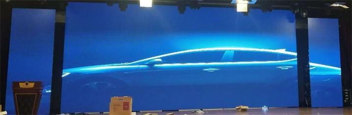 菏泽市艺达国际酒店宴会厅LED舞台屏专用P2.976户外租赁箱体(奥马哈)