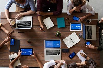 选择在线学习课程提供商进行在线软技能培训的6点好处