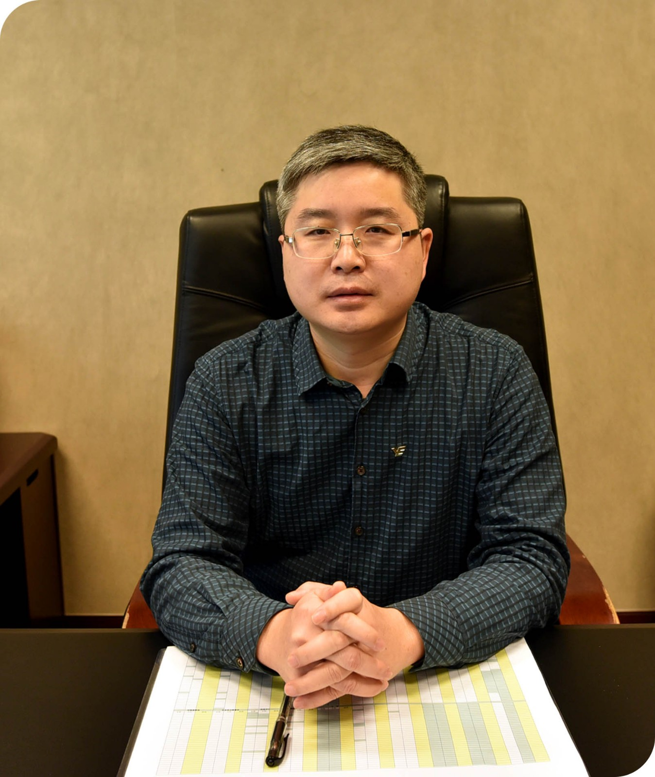 Mr Xie Yanhui (Party Committee member and Assistant Director of Management Committee of YUEXIU Group ,CCP Committee Secretary ,Director and Chairman of the Labor Union of Yuexiu Transport)
