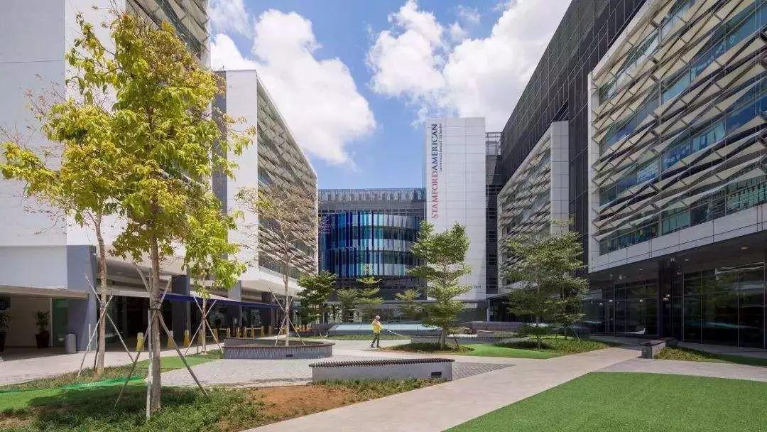 《空中留学工作室》第二十二期 | 什么途径可以入读新加坡政府中小学? 如何申请新加坡绿卡?