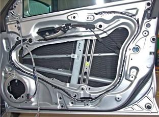 汽车隔音密封条的安装方式 与流程