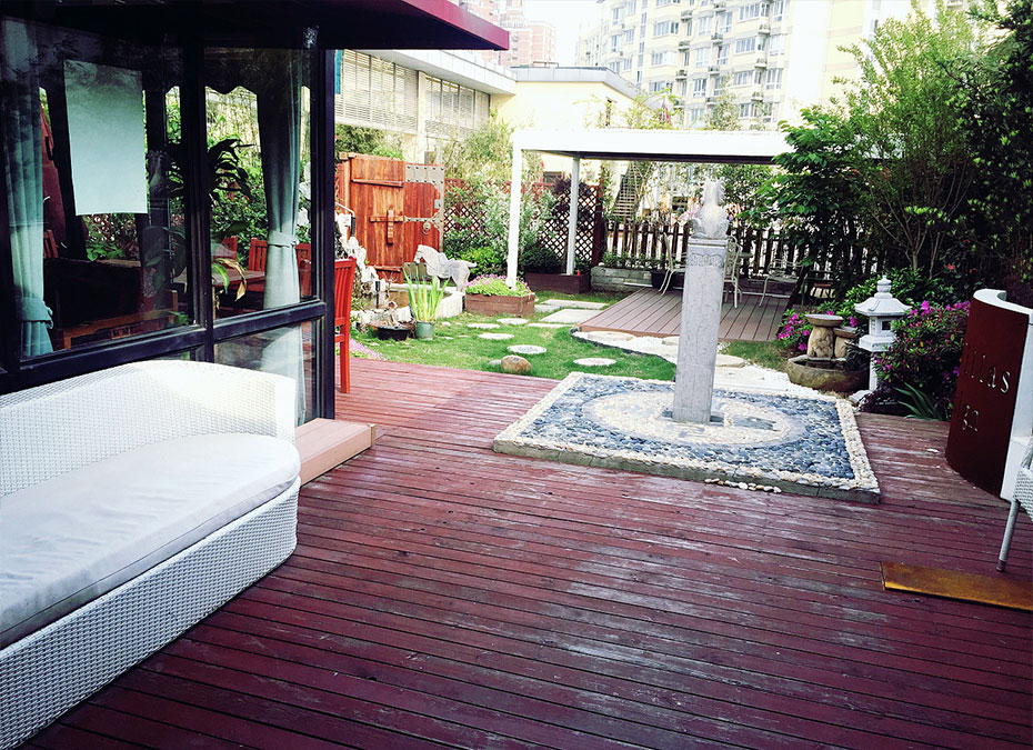 徐家汇屋顶花园设计方案一(面积三百平方)
