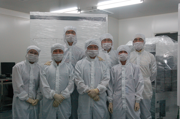 睿励300mm硅片光学测量设备TFX3000样机出厂