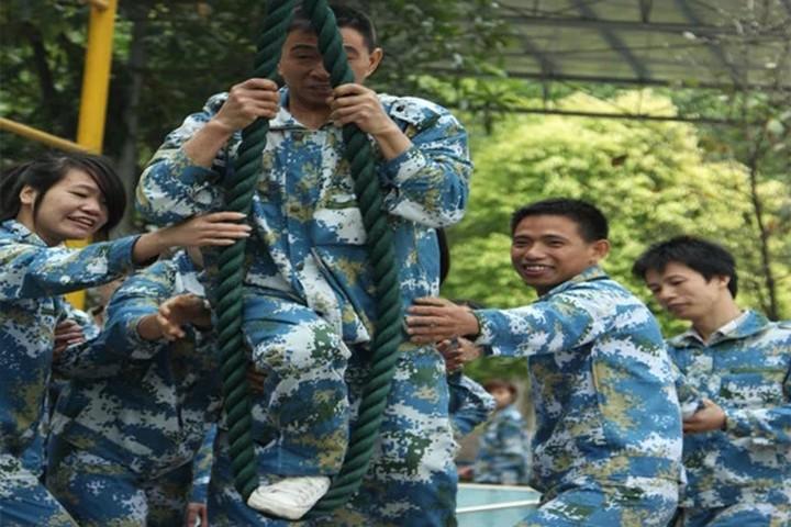 广州市捷润橡塑有限公司----户外拓展活动项目第三期