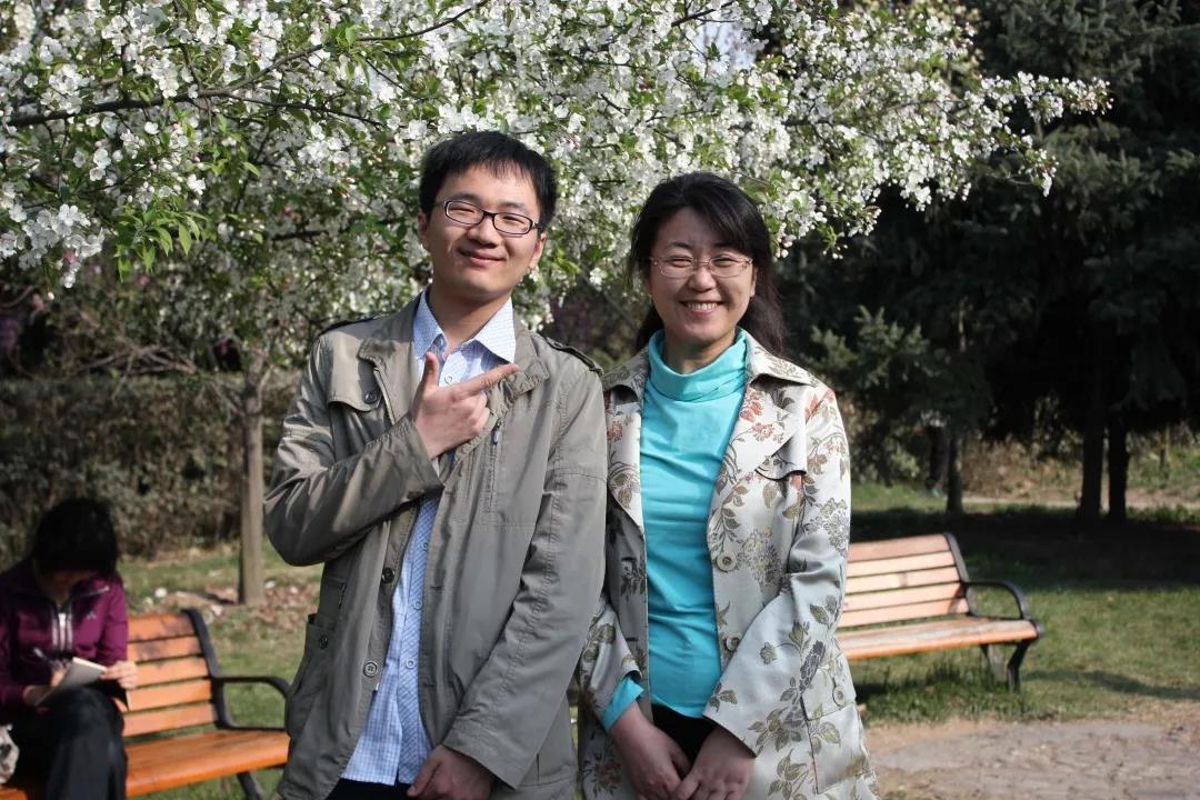 慈恩名人堂   杨林:广闻博见,方得始终。