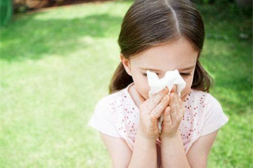 花粉大量飘洒的季节,过敏人士注意了!