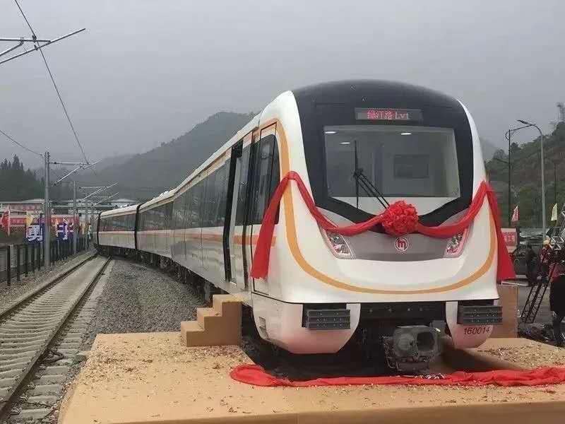 軌道上的中國|城際鐵路的困境與出路