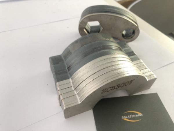 激光切割头对金属激光切割机的加工质量影响