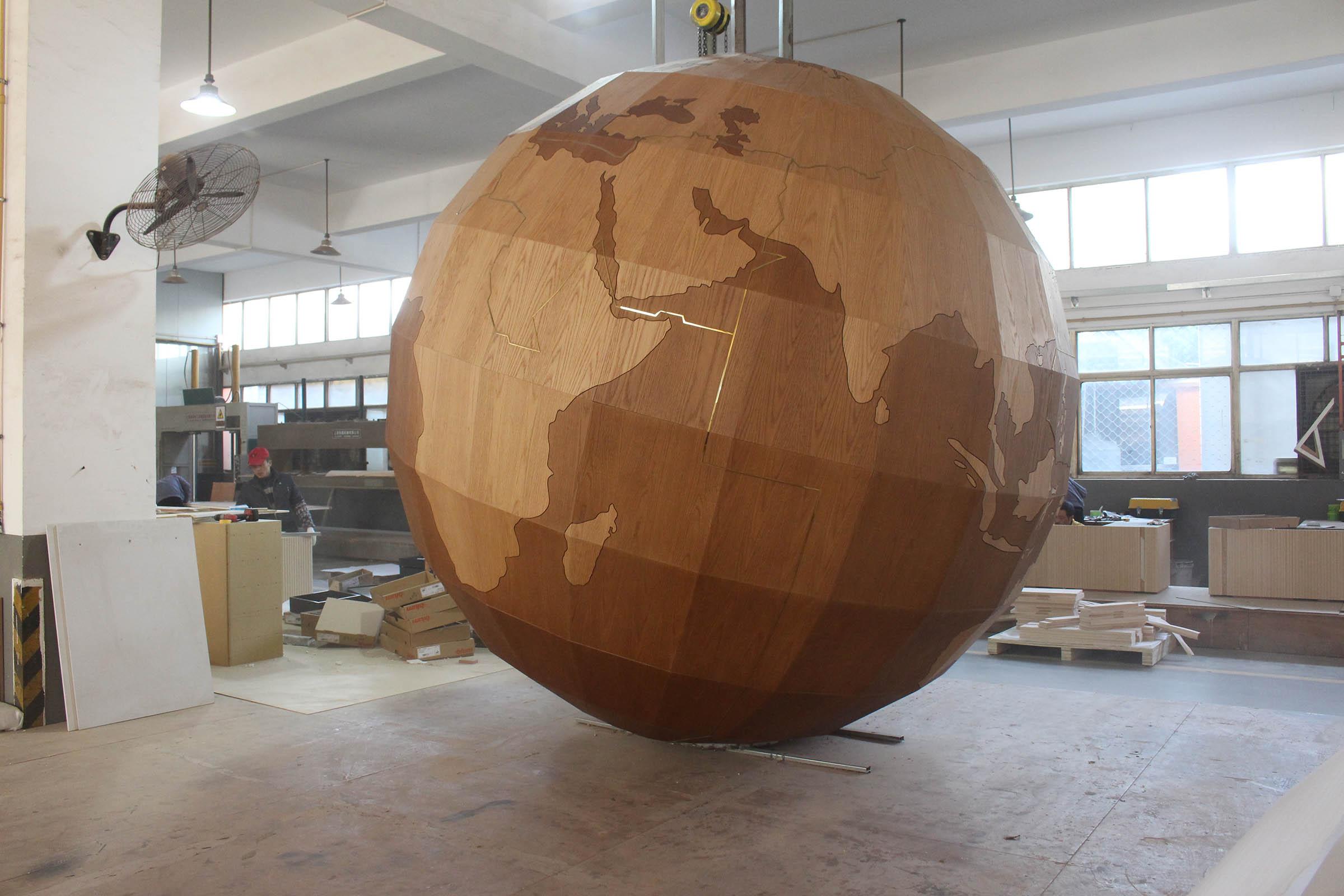 虹桥机场地球模型