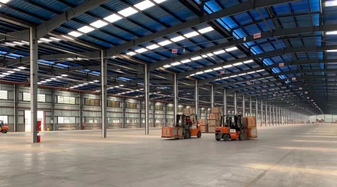 您家的瓷砖哪里来 | 合力租赁车队交付某大型建材企业