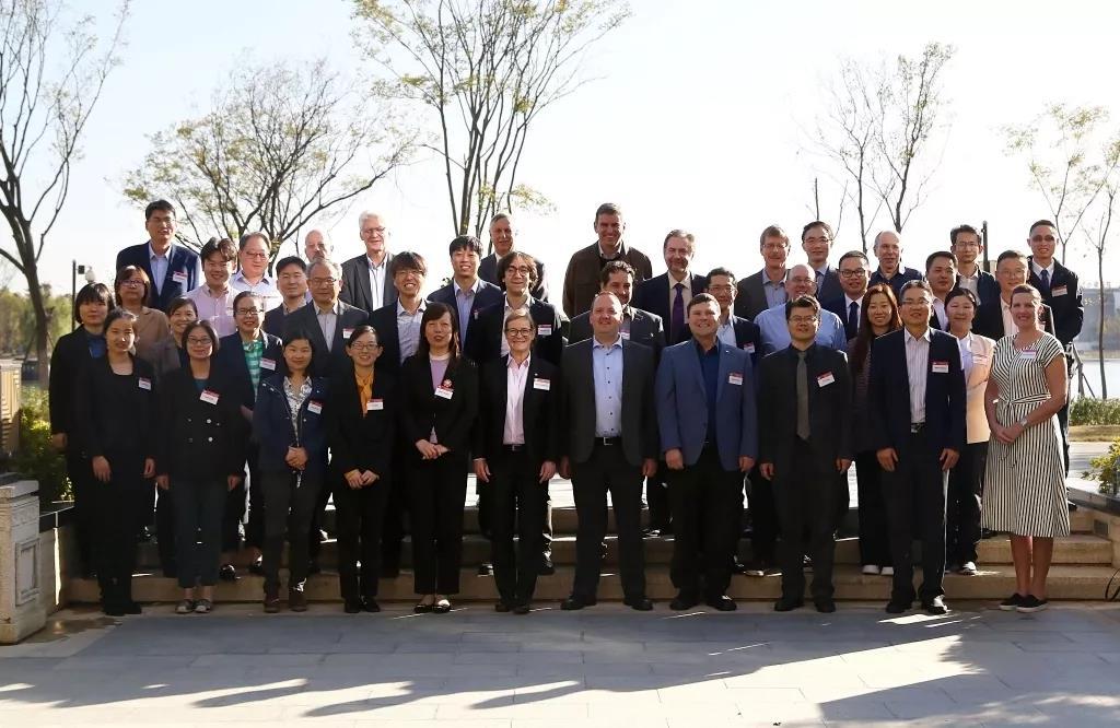 合力承办全球顶级行业标准盛会