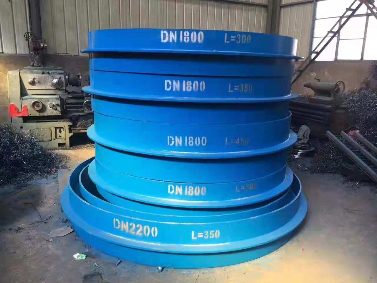 DN1800刚性防水套管发往宁波建筑工地