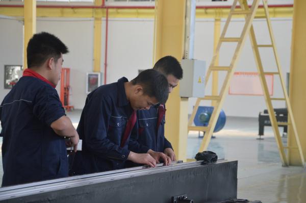 钢板拼焊机床